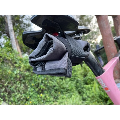 Bicycle Saddle Bag Road Or MTB Bicycle Tools bag basikal sesuai untuk semua jenis .